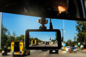 Best-Dash-Cam-For-Truckers