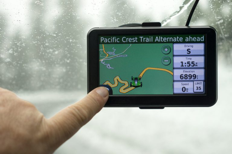 Best GPS For Truckers